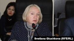 Руководитель прессозащитной организации «Адил соз» Тамара Калеева. Астана, 18 января 2016 года.