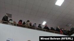 Nezapamćene gužve na biračkim mjestima u Mostaru