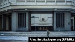 Здание подконтрольного Кремлю крымского парламента в Симферополе