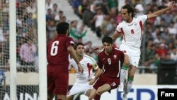 بازی ایران و قطر در ورزشگاه آزادی