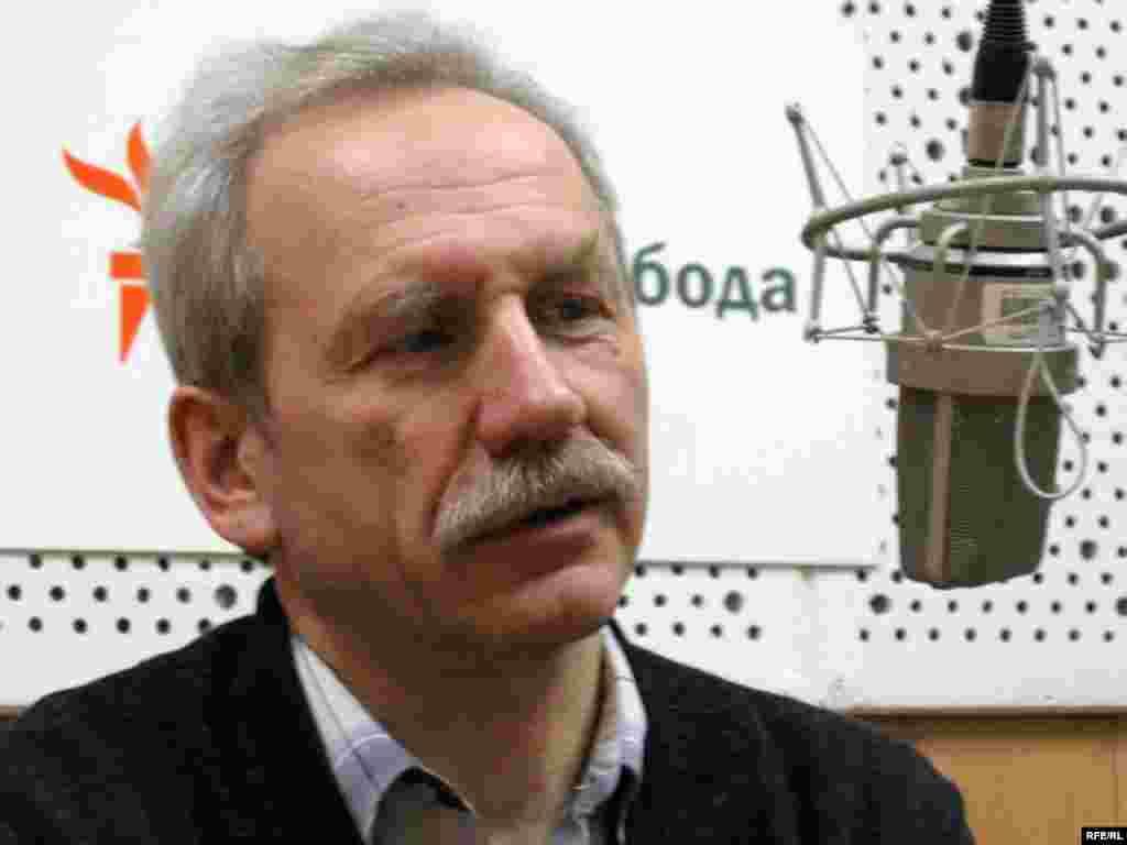 Валер Карбалевіч у студыі Свабоды, 2007 год.