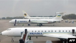 Самолет президента Украины, совершивший аварийную посадку в аэропорту «Борисполь»