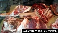 Цены на мясо в Тбилиси полгода не менялись: килограмм говядины, в зависимости от сорта, стоил от 9 до 14 лари. Но в начале июня цены выросли на 3-4 лари