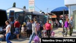La piața din Cimișlia