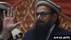 Kreu pakistanez i organizatës Jamaat-ud-Dawa (JuD) Hafiz Saeed, gjatë një konference shtypi në Lahore, 23 janar 2018