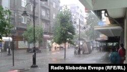 Дожд во Скопје