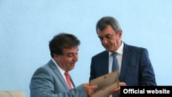 Мэр г. Коринф Александрос Пневматикос в Севастополе с Сергеем Меняйло