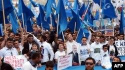 Акции азербайджанской оппозиции на фоне подготовки к Евровидению.