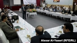 """جانب من جلسة مشتركة بين ممثلين عن مشروع """"تقدّم"""" للتنمية مع أعضاء مجلس محافظة النجف"""
