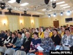 Мәдәни мирасны саклауга багышланган конференциядә катнашучылар