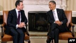 АҚШ президенти Б.Обама ва НАТО Бош котиби А.Ф. Расмуссен, Вашингтон, 2011 йил 7 ноябр.