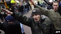 """""""Русский марш"""" в Москве 4 ноября 2008 года"""