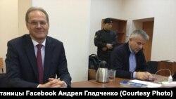 Второй день оглашения приговора экс-губернатору Новосибирской области Василию Юрченко