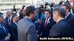 Aleksandar Vučić i Ćamil Duraković, te Bakir Izetbegovi, Denis Zvizdić i Milorad Dodik u Srebrenici 11. juli 2015