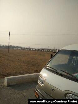 Километровая очередь за метановым газом в Наманганской области.