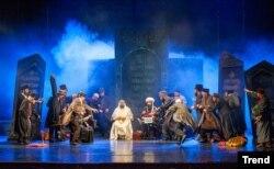 """Azərbaycan Akademik Milli Dram Teatrında """"Ölülər tamaşası"""". 2016."""