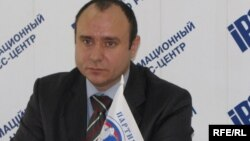 Голова «Русского блока» Геннадій Басов