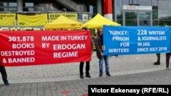 Cifre relevante despre libertatea de expresie și situația scriitorilor și jurnaliștilor opuși regimului Erdogan din Turcia