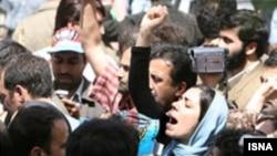 در گزارش وزارت امور خارجه آمریکا، برخورد با تجمعات فعالان حقوق زنان و کارگران نمونه ای از نقض حقوق بشر در ایران اعلام شده است.( عکس: ایسنا)