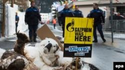 Protest Greenpeace aktivista, Davos, januar 2014.