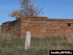 Кырым ханы кызы төрбәсе