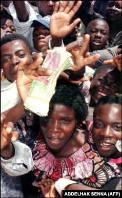 برداشتن صفر از پول ملی در زئیر، نه مشکل تولید را درمان کرد و نه مشکل تورم را.