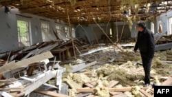 Լեռնային Ղարաբաղ - Ադրբեջանական զինուժի կողմից հետակոծությունների հետևանքով ավերված շենք Թալիշ գյուղում, ապրիլ, 2016թ․
