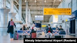 Олмаота аэропортидаги йўловчи терминали, 2020 йил 1 майи.