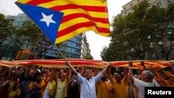 Каталония тәуелсіздігін қолдаушылар шеруі. (Көрнекі сурет)