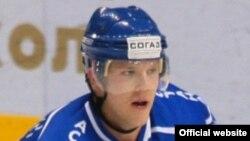 Астаналық «Барыс» хоккей клубының капитаны Кевин Даллмэн. (Сурет Қазақстан хоккей федерациясының icehockey.kz сайтынан алынған). 11 сәуір 2012 жыл.