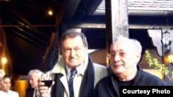 Василий Аксенов и Владимир Тольц, 2003 год
