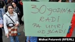 U BiH nije moguć generalni štrajk, jer je ova zemlja podijeljena Dejtonskim sporazumom, kaže Zlatan Begić
