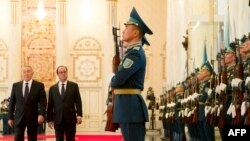 Франция президенти Франсуа Олланд Астанада, 5-декабрь, 2014.