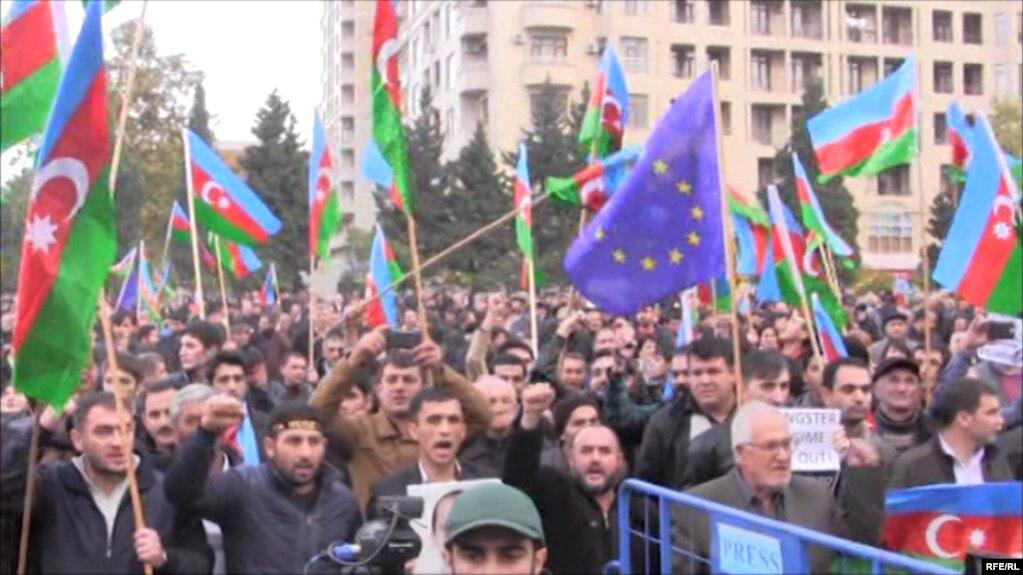 HRW: Azərbaycanda vətəndaş cəmiyyəti əzilməkdədir