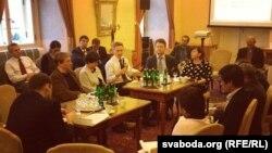 Круглы стол беларускіх і бірманскіх апазыцыянэраў