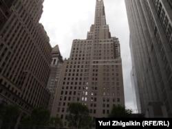 """Четыре квартиры в этом здании на Манхэттене были куплены холдингом """"Превезон"""""""