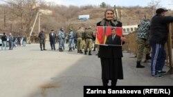 В Южной Осетии множатся увольнения сторонников экс-президента Эдуарда Кокойты