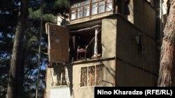 საცხოვრებელი სახლი დიღმის მასივში, სადაც 7 აპრილს აფეთქება მოხდა