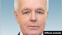 Депутат комитета по экономической реформе и региональному развитию мажилиса парламента Казахстана Сергей Дьяченко.