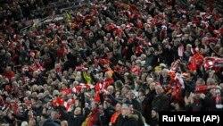 Вболівальники «Ліверпуля» під час півфінального матчу Ліги чемпіонів, Ліверпуль, 24 квітня 2018 року