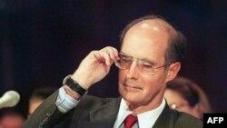 Pomoćnik državnog sekretara Strobe Talbott 1999. godine