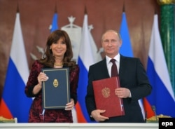Владимир Путин и Кристина Киршнер в Кремле. 23 апреля 2015 года