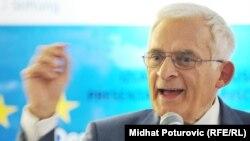 Jerzy Buzek na diskusiji pod nazivom Demokratizacija Europe - utjecaj parlamenta i civilnog društva, Sarajevo, novembar 2011.