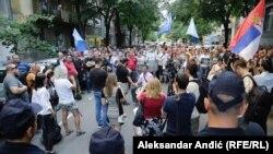 Protestë e radikalëve serbë ne Beograd