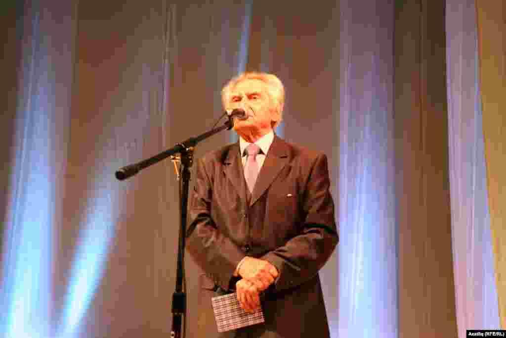 Башкортстанның халык шагыйре Марат Кәримов