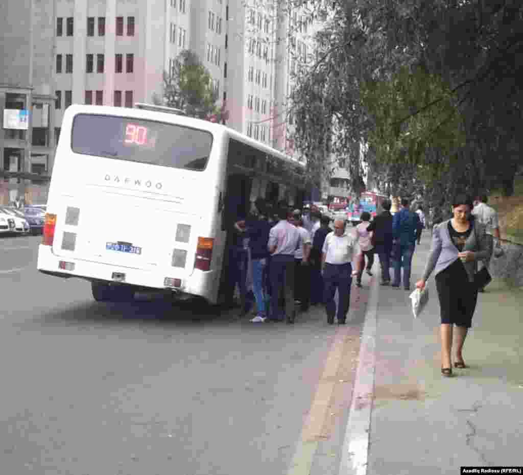 Bakıda avtobus