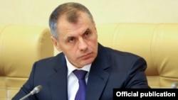 Қырым мемлекеттік кеңесі жетекшісі Владимир Константинов. 3 қараша 2015 жыл.