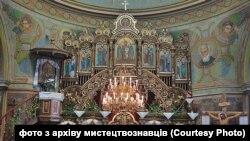 Церква у Славському до ремонту і руйнації розписів