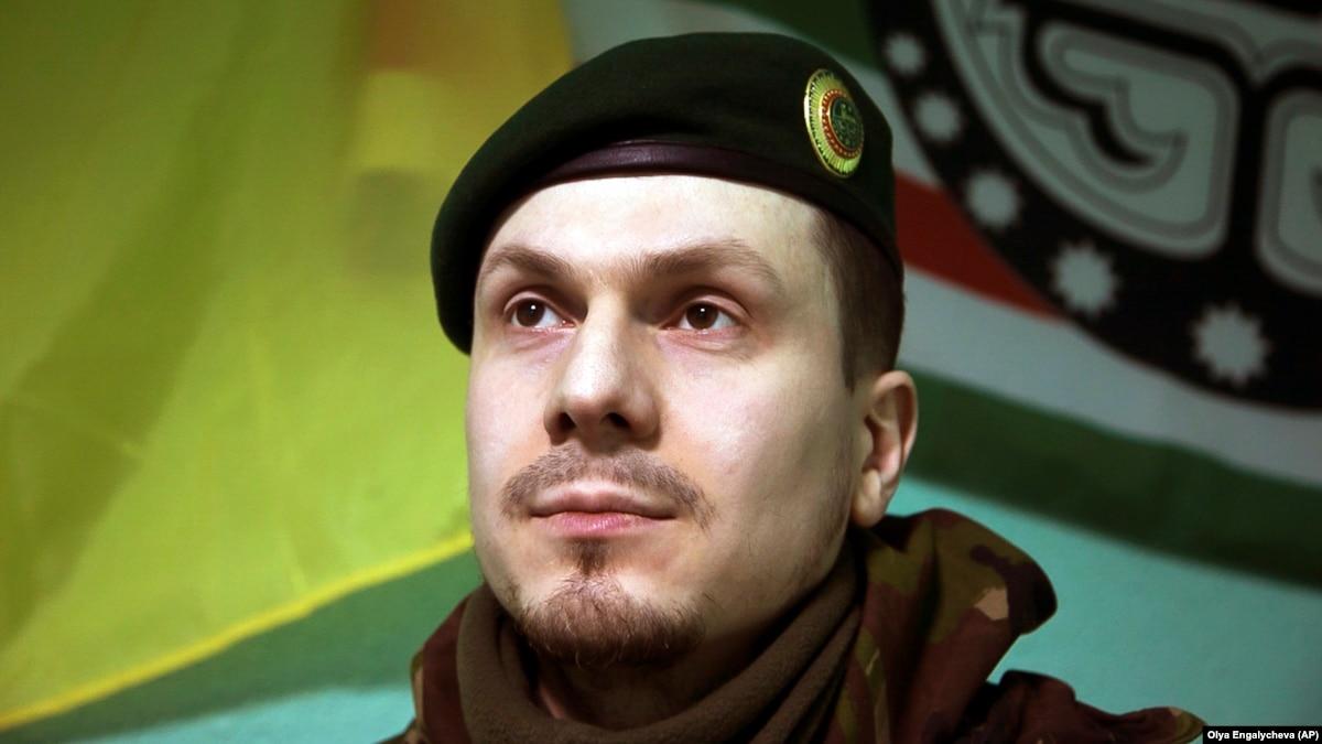 Полиция: подозреваемый в покушении на Осмаева передали России во время обмена