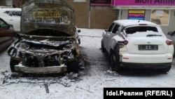 Сожженный автомобиль Виталия Буркина